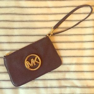 Black Michael Kors leather wristlet 🖤